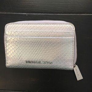 Michael Kors Zip metallic around wallet